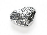 """Бусина серебряная крупная, форма-сердце, выполнена в стиле """"Батик""""для создания ювелирных украшений Handmade,"""