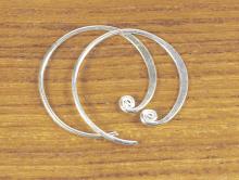 Швензы круглые из серебра ручной работы.