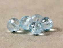 Бусина огранённая, шарик 5.5 мм., камень натуральный-топаз голубой, алмазная огранка, цвет-голубой, чистый,