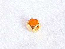 Бусина серебряная 2 мм., форма-кубик с гранями (серебро позолоченное), состав-серебро 925 пробы с покрытием-золото 24 карат.