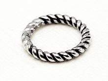 Колечко витое соединительное серебряное чернёное,  закрытое. Материал-серебро 925 пробы. Используется как декоративный элемент для создания украшений Handmade