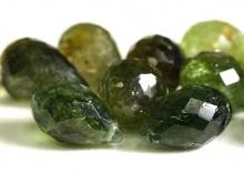 Бусина огранённая форма бриолет, натуральный камень-турмалин, размер бусины-дл./шир..-8,5х5,5 +-0,4 мм. (+-0,5 мм.) цвет-тёплый зеленый, зелёно-медовый,