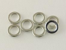 Колечко соединительное закрытое, плоское. Размер–5х1.0 мм Цвет-серебро, (производитель Китай). Используется в рукоделии Handmade.