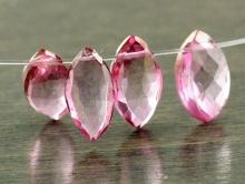 Натуральный камень-розовый топаз, ограненный, форма бусины-лепесток остроконечный, цвет-розовый холодный с легкой золотистой тонировкой,