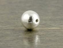 Бусина серебряная круглая шарик глянцевый 6 мм. Цена за 1 шт.