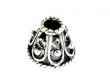 Конус серебряный ручной работы. Материал-Серебро 925 Размер-7.5х9 мм. внутреннее отверстие 3/8.5 мм.