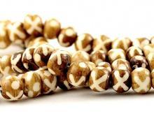 Бусины-рондели, материал-кость натуральная тонированная с рисунком,. цвет-коричневый (2 тона), размер–7х8 (+- 0.3) мм.