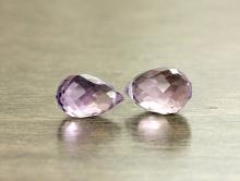 Бусина огранённая, камень-аметист натуральный, форма маленького бриолета. Цвет-сиреневый светлый, чистый.
