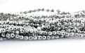 Нить бусин, форма оганённый шарик 2 мм., камень натуральный гематит, цвет-серебристый с хорошим металлическим блеском,