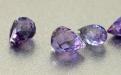 Бусина-бриолет оранённый, камень александрит искусственно выращенный, средний размер-6.8-7х4-5.4 мм.
