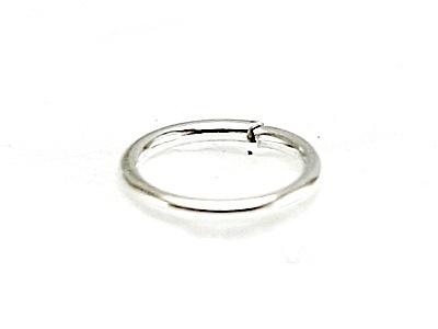 Колечко соединительное открытое серебряное, материал-серебро 925 пробы (92.5 %), размер –6х0.7 мм.