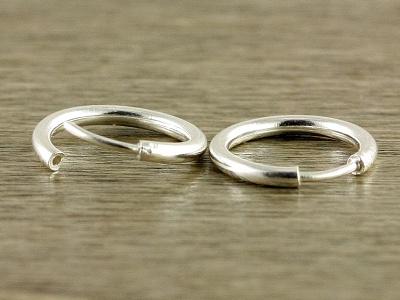 Серьги-кольца серебряные из серебра.