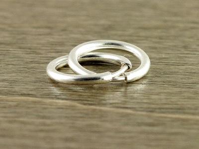 серьги серебряные кольца 13 мм.