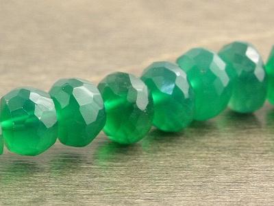 цвет-полупрозрачный зеленый, изумрудный