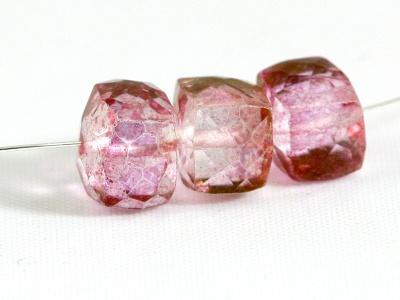 Кварц розовый ограненный кубик