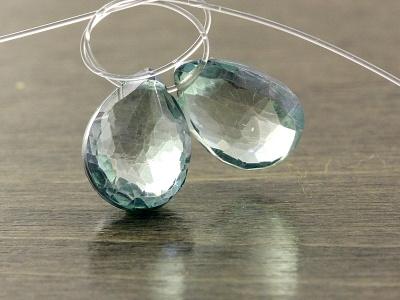Бусина огранённая, форма-лепесток, натуральный камень празеолит-зелёный аметист