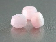 Берилловая бусина, форма-рондель огранённая, камень натуральный- морганит (разновидность берилла). Цвет-полупрозрачный теплый розовый