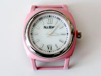Кварцевые часы HARMI, цвет корпуса нежно-розовый, цыферблат белый с серебристой отделкой, диаметр 39.8 мм. собщий размер с отверстиями под ремешок-50 мм