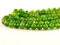 """Бусина круглая 3 мм..Камень-хромдиопсид натуральный, известен как """"сибирский изумруд"""". Цвет-зеленый яркий, чистый (весенней зелени),"""