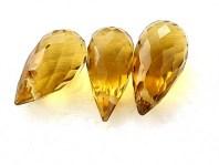 Бриолет-бусинакапля удлиненная, ручной огранки. Класс премиум -топаз золотистый натуральный камень.