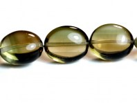 Раух топаз-полированная овальная бусина.Камень-раух топаз натуральный (семейство кварцевых).Цвет-коричневато-золотистый, прозрачный, чистый.