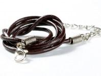 Шнурок кожаныйкоричневый 2 мм. с замочком серебристым, длина-60 см. с цепочкой удлинителем 5.5 см.
