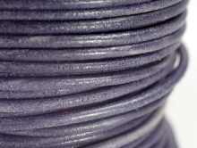 Шнур кожаный 2.0 мм. для рукоделия тёмно-синий матовый натуральный краситель.