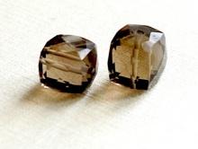 Раух Топаз кубик ограненный 9.5+- 0,5 мм.