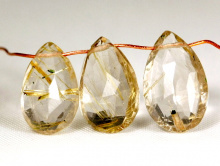 бусина-огранённый лепесток полупрозрачная с золотистыми включениями