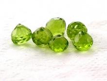 Хризолит алмазная огранка, бусина формы луковички