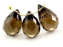 Бусина огранённая формы бриолет, камень раух топаз ручной огранки, цвет-золотисто-коричневый прозрачный,