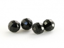 Бусина круглая ограненая, камень натуральный–шпинель черная, цвет-черный с хорошим блеском.