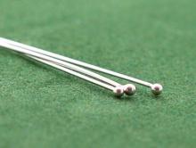 Пин средний серебряный с шариком 1.5 мм. для изготовления ювелирных украшений. Размер-50х0.51х1.5 мм.