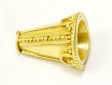 Конус из стерлинг серебра позолоченный, размер–11х9 мм., внутреннее отверстие 1.1 мм., материал–серебро 925 (92.5%) с покрытием золота 24 kr.