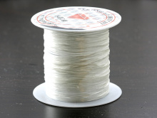 Эластичная нить это резинка 0.5 мм. цвет белыйдля создания украшений, чаще браслетов, представлено 7 основных цветов