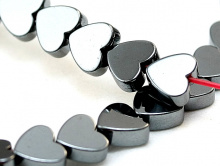 """Бусины камень-натуральныйгематит тонированный.Форма-""""сердечко"""" плоское, Цвет-""""черный оксид"""" ("""