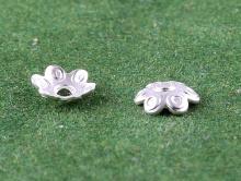 """Шапочка тонкая серебряная """"цветочек""""  для бусин от 7 до 12 мм."""