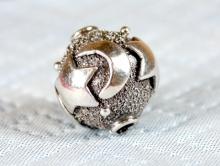 """Бусина серебряная ручной работы """"Ночь"""". Материал-серебро 925 пробы (92.5%). Размер 10 мм. внутреннее отверстие 1.3 мм."""