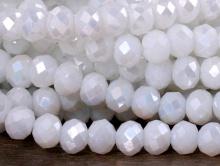 Рондели-бусины стеклянные огранённые, мелкие, размер 4,6х3.6 мм. (+- 0,1 мм.). вн.отв. 0,6 мм. Цвет бусин-белый не прозрачный с лёгким перламутровым переливом