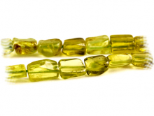 Нить гладких бусин прямоугольной неправильной формы (см фото), камень-хризолит натуральный, цвет-зеленый сочный