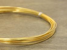 Проволока из стерлингового серебра (92.5%) позолоченная для ювелирных украшений. Состав-cеребро 925 пробы (92.5 %)+покрытие золото 24 kr.