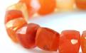 Бусины огранённые, форма кубик, натуральныйкамень-сердолик ручной огранки, цвет-оранжевый, полупрозрачный неоднородный