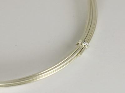 Серебряная мягкая проволока 0.8 ммиз серебра 925 пробы (92.5 %).
