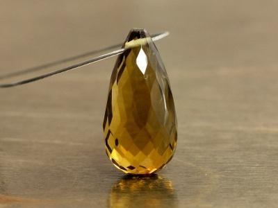 класс Премиум-бусина формы огранённой капли ручной огранки (бриолет больше среднего удлинённый)