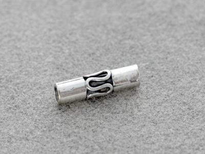 Бусина серебряная ручной работы, форма трубочка. Состав-серебро 925 пробы, рзмер д/т–11х3 мм. вн.отв 0.8 мм